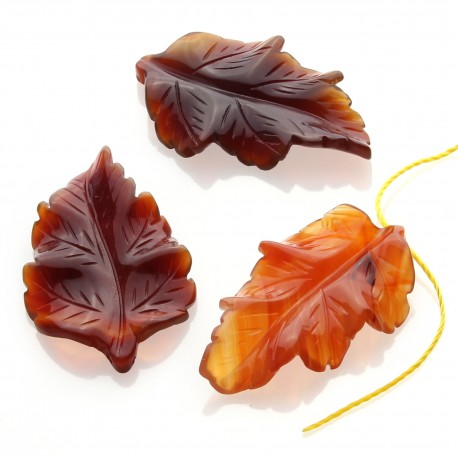 Leaf pendant in natural stone